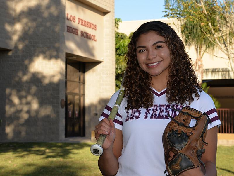 Aileen Avelar, softball player