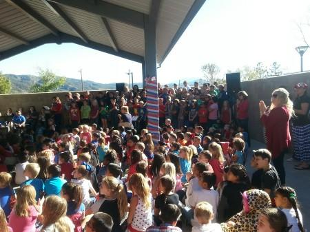 Children saying a big Thank You to our Veterans