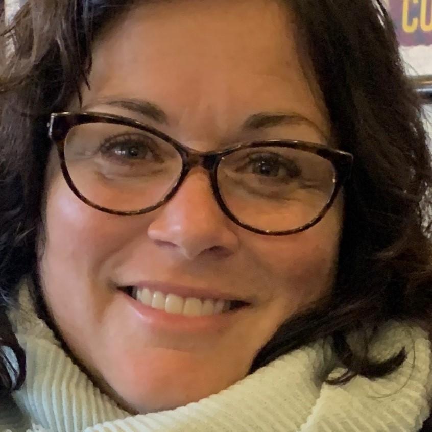 Jennifer Thomas Scheers's Profile Photo