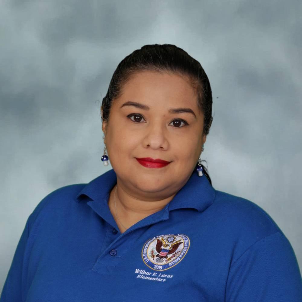Enid Flores's Profile Photo