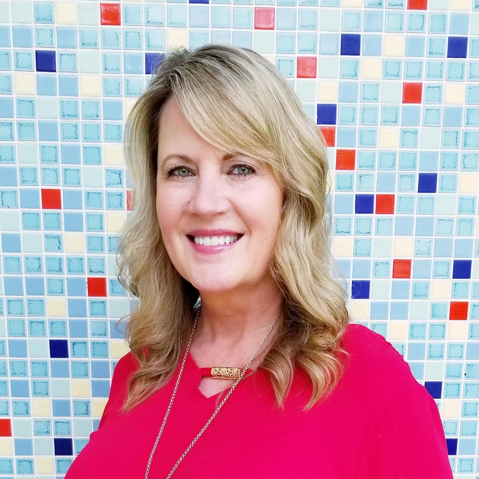 Suzanne Holcomb's Profile Photo