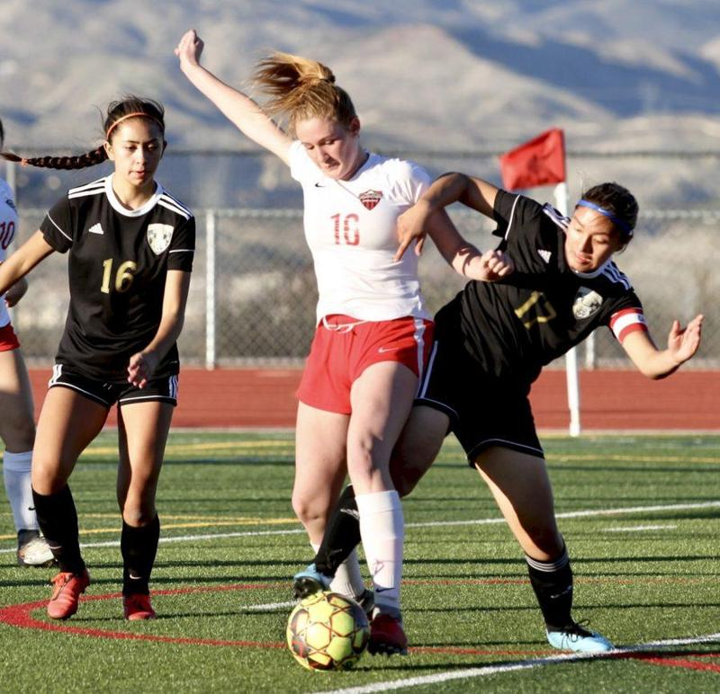 Lady Grizzlies gives Hart all they can handle Featured Photo