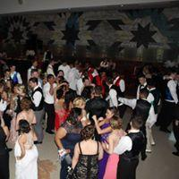 Mayfield High School Prom picture of students dancing. The STAR center helps those who can't afford prom attire get what they need to be able to go.
