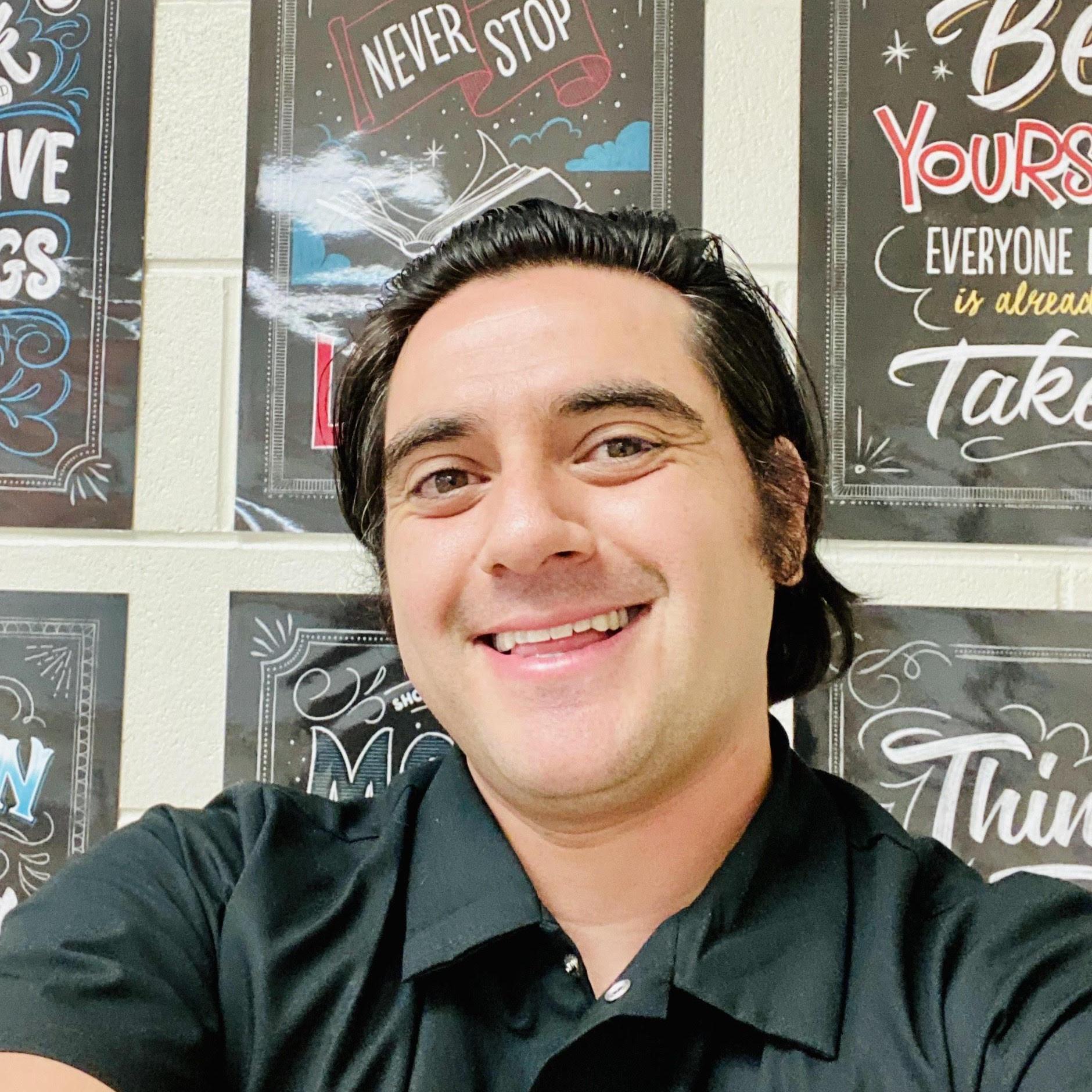 Ivan Martinez's Profile Photo