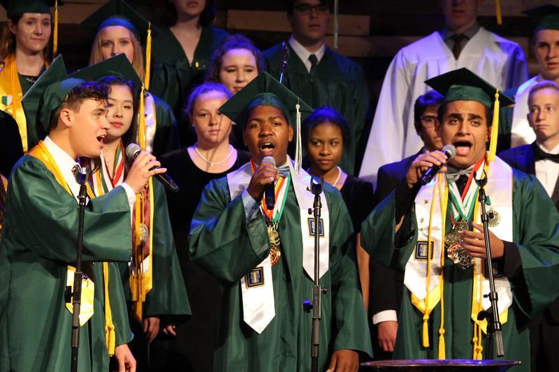 Graduation Photos Featured Photo