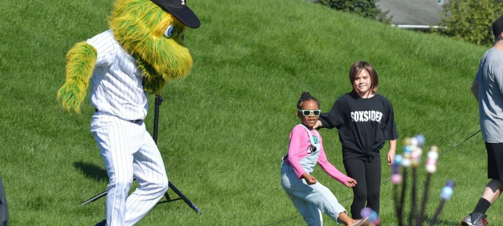 Chicago White Sox mascot, Southpaw, visits.