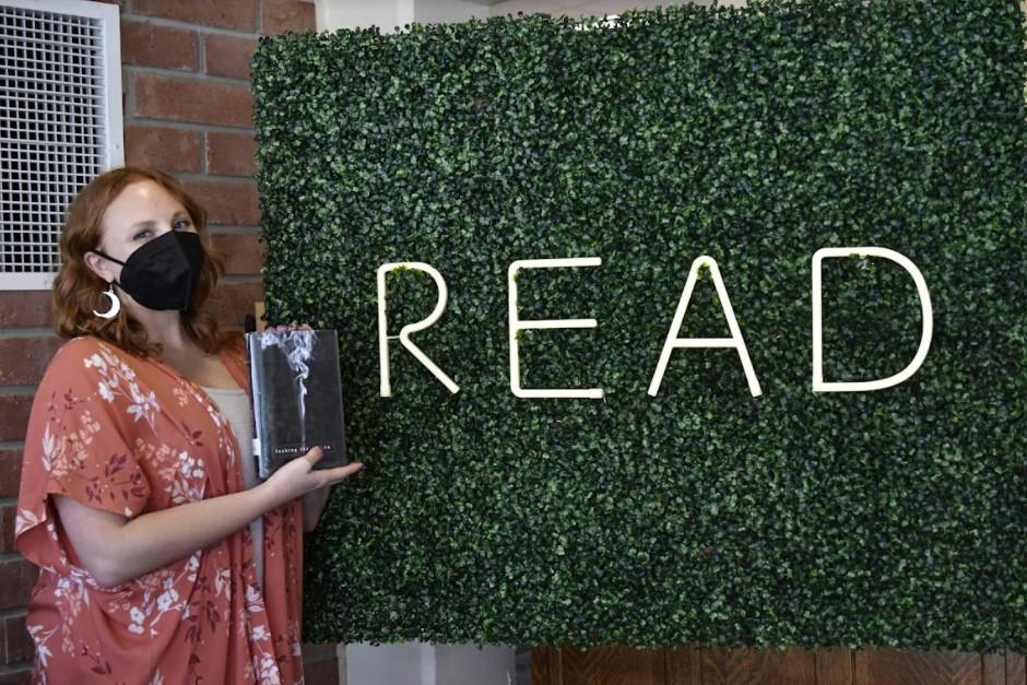 reading-looking-for-alaska