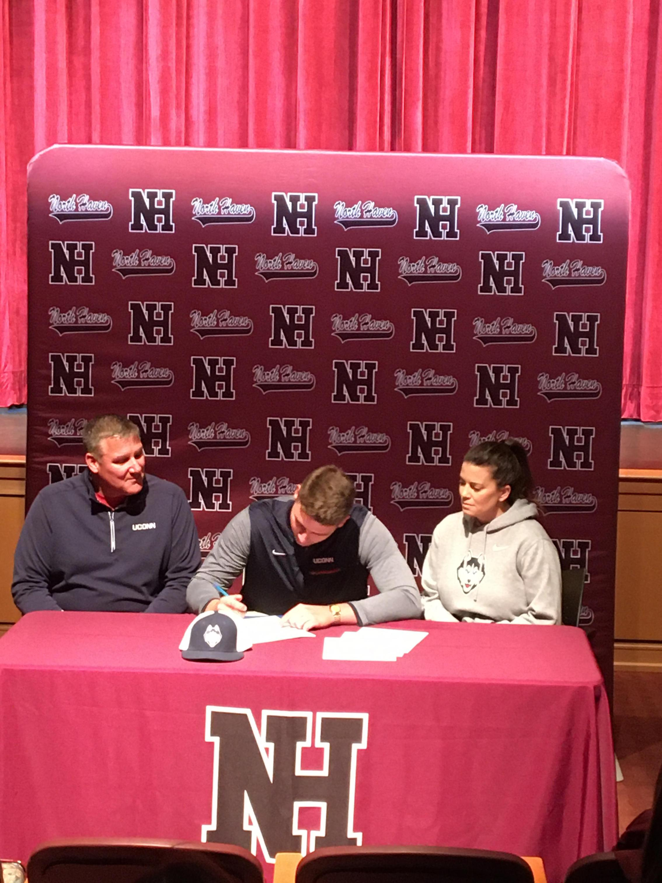 David Christoforo signs his NLI.