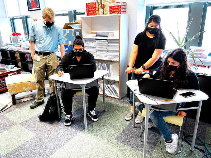 Helping Our Students Through Hybrid Learning and Tutoring! Featured Photo