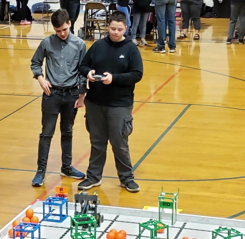Carter Elliott and Gohaun Olson at the 2020 VEX Idaho State Tournament
