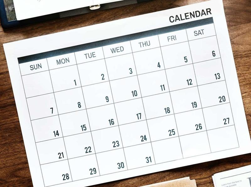 Sample calendar grid that shows days of the week.