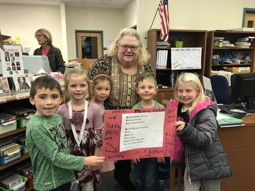 1st graders wish Mrs. Murphy a happy retirement!