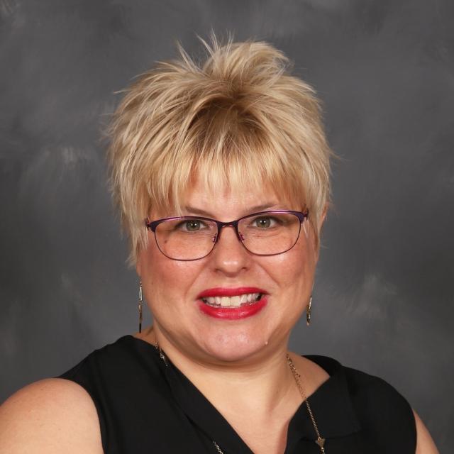 Angela Long's Profile Photo