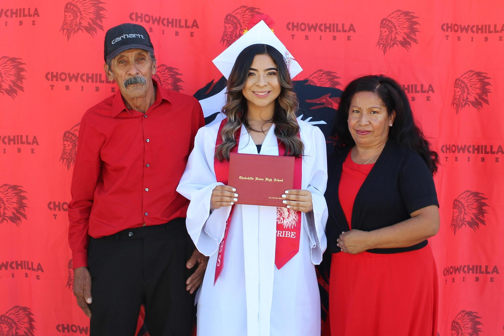 Eli Sayda Guillen and family