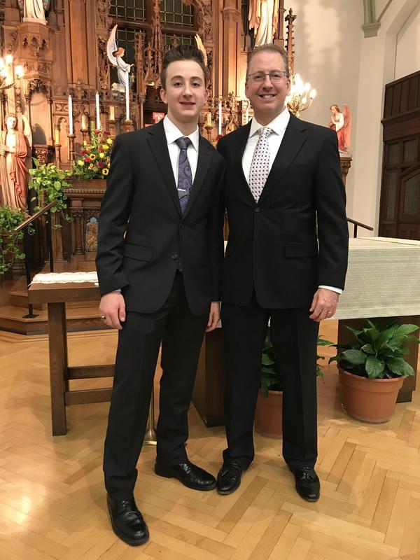 photo of OLSH junior and their alumni parent