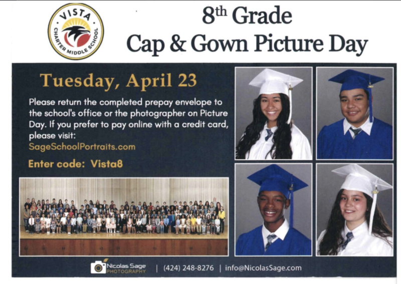 Estás listo para el día de la foto de toga y bata?  /   Are you ready for Cap & Gown Picture Day? Featured Photo