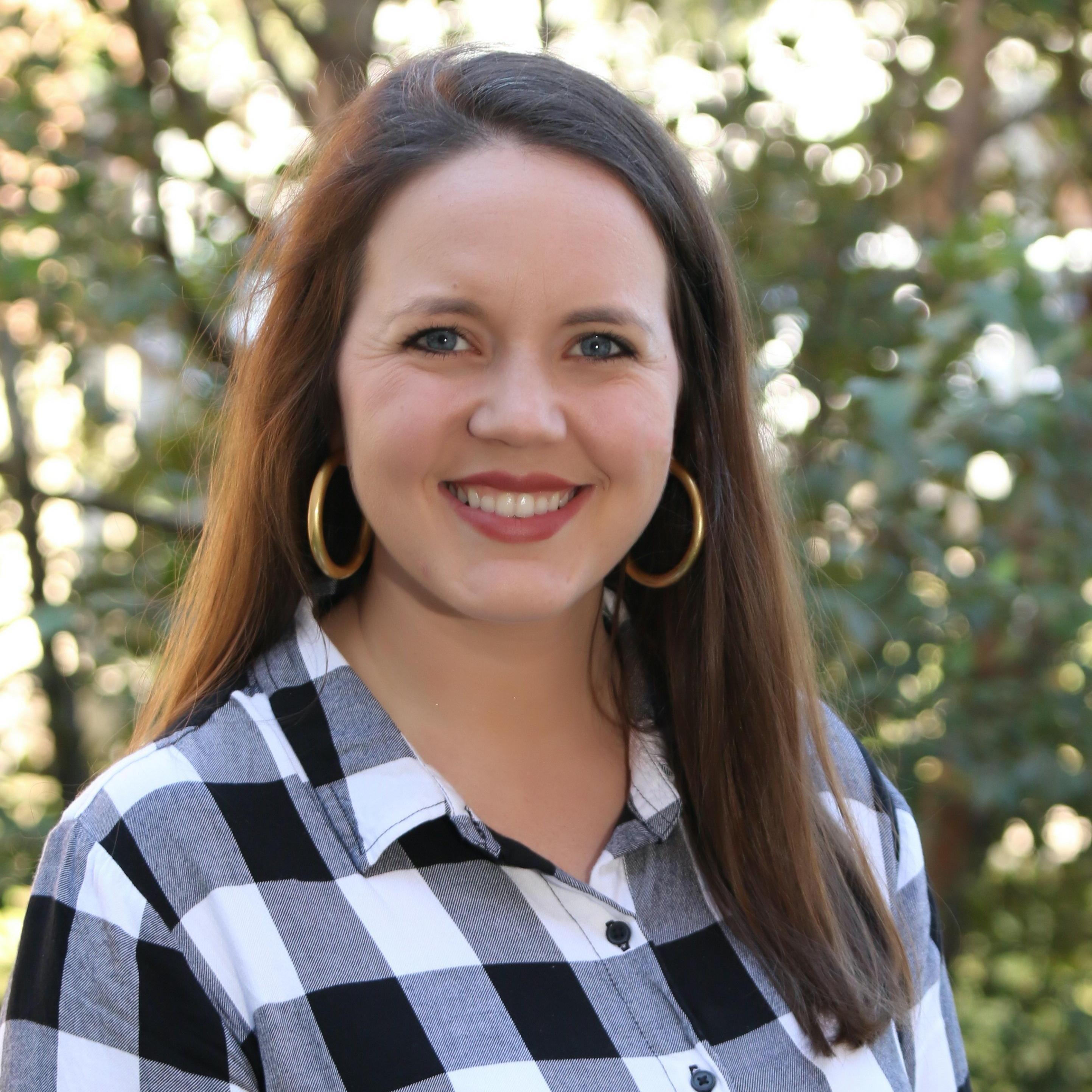 Julie Carnett's Profile Photo