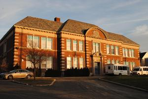 Coles School before renovations