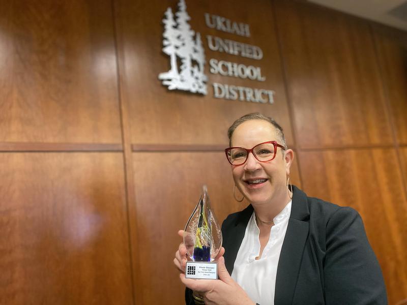 Ukiah Unified Assistant Superintendent Nicole Glentzer Receives State Human Resources Award Thumbnail Image