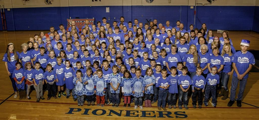 2016 all students and staff picture in blue shirts