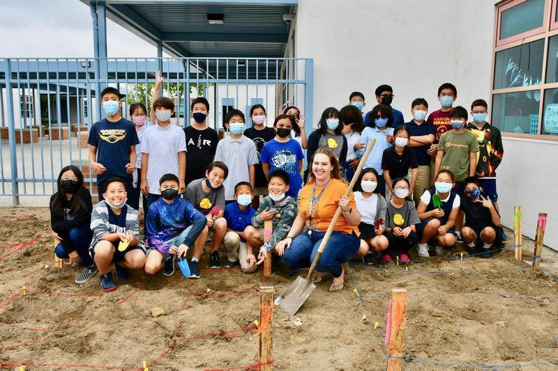 South Pointe Sixth Graders Dig into New Archaeology Experience Featured Photo