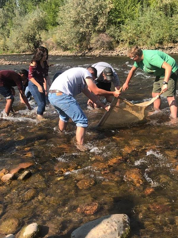 Student Field Trip to Arkansas River