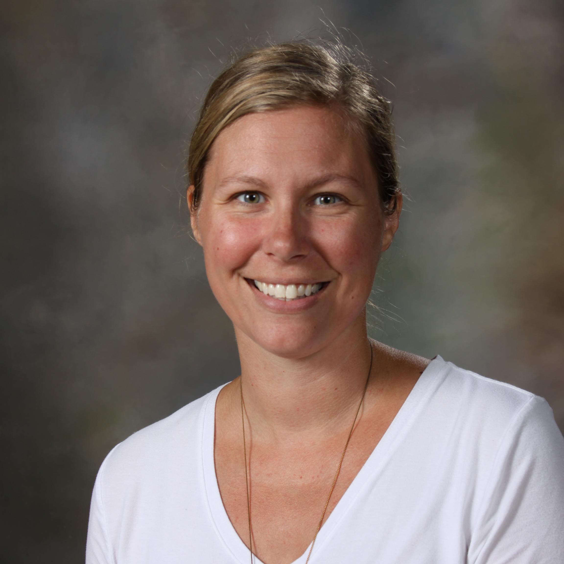 Elizabeth Cain's Profile Photo