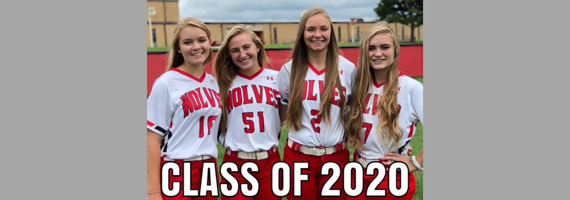 picture of softball seniors