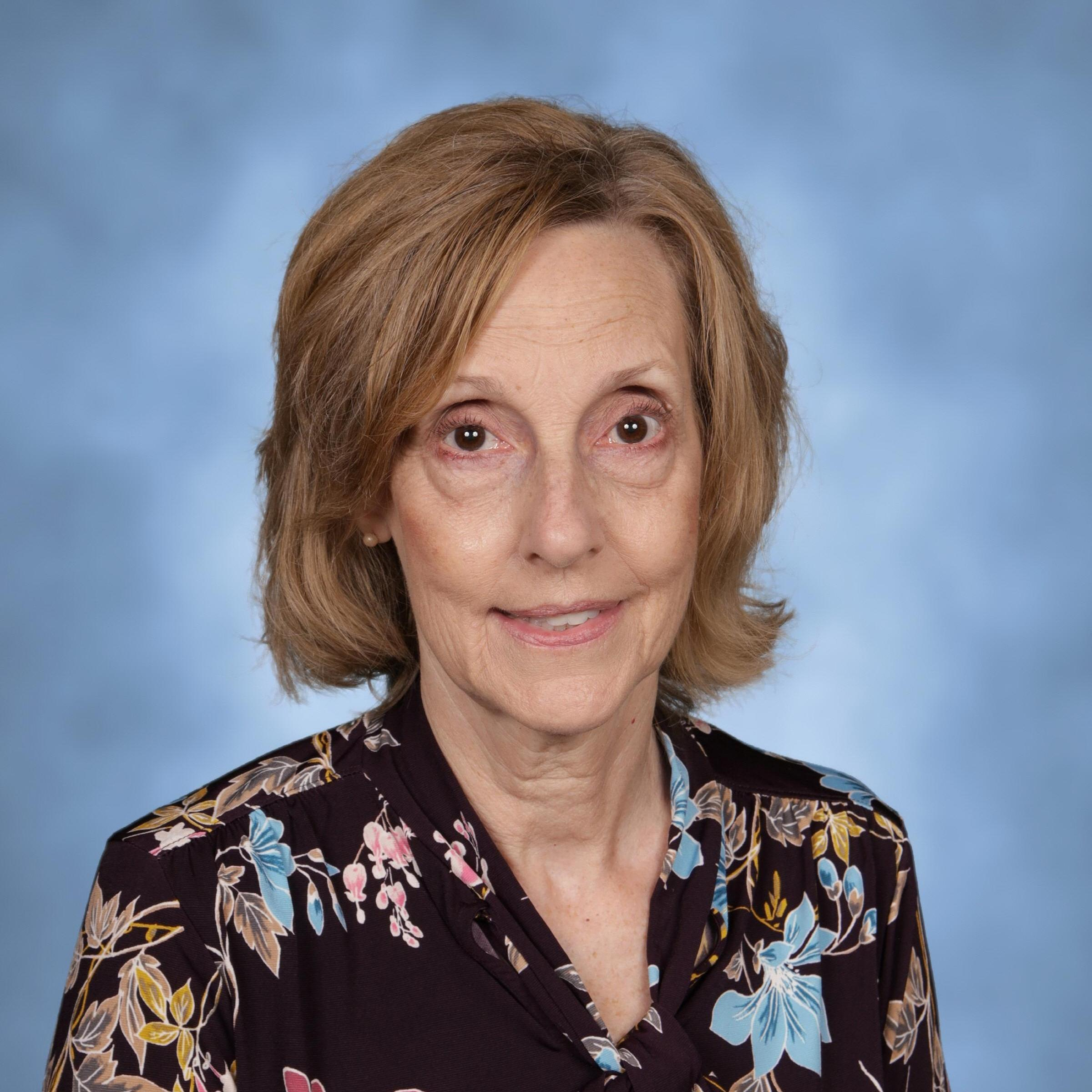 Sue Mackowski's Profile Photo
