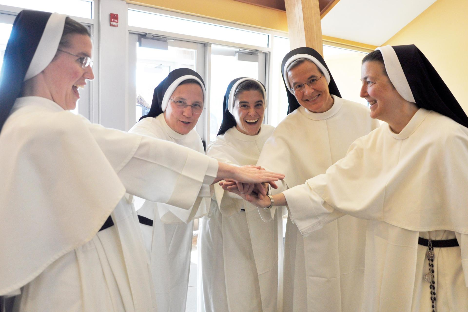 A group of Dominican sisters