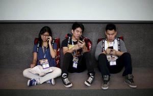 reu-jovenes-smartphone-640x400.jpg