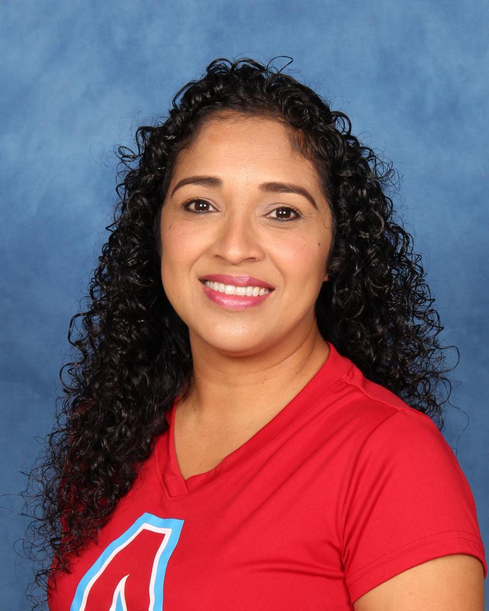 Mrs. G. Sanchez, Curriculum assistant