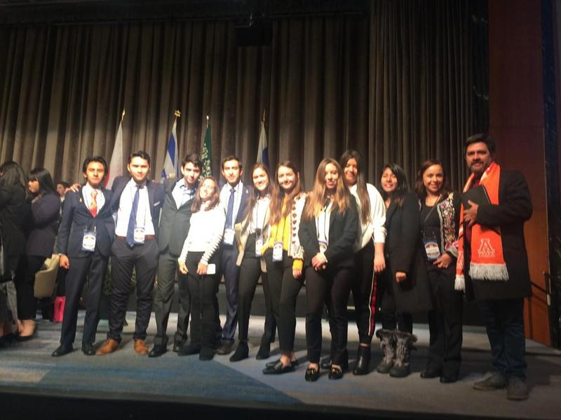 Alumnos de la Prepa Anáhuac México campus Oxford obtienen primer lugar en MUN Featured Photo
