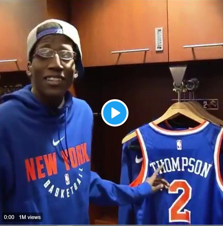 Kevin in the Knick lockeroom
