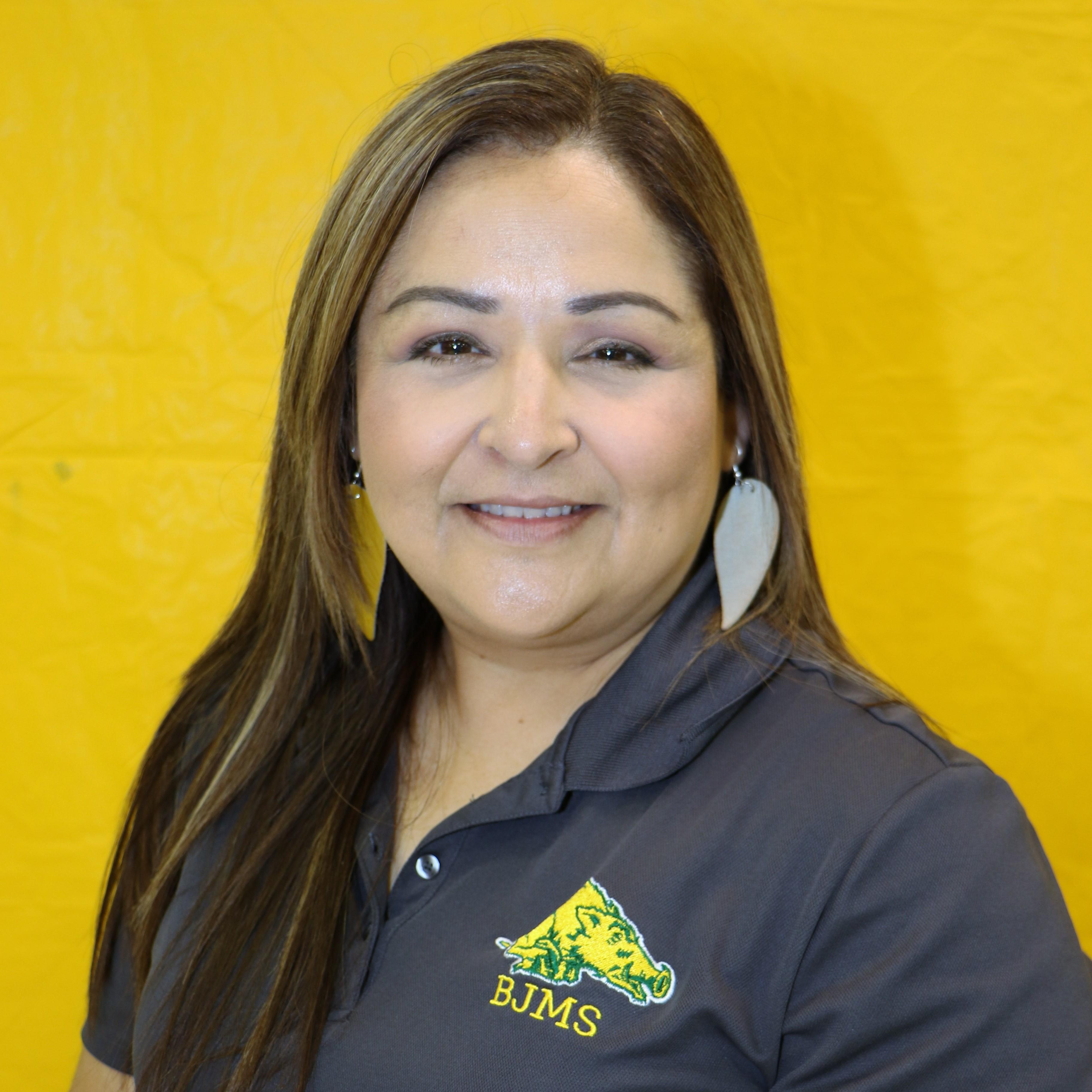 Gina Gallegos's Profile Photo