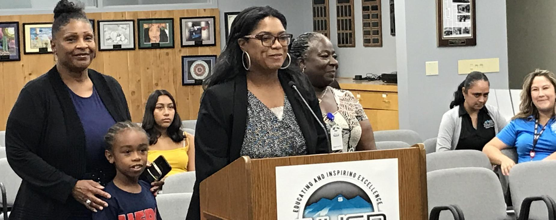 Welcome to the administrative team at De Anza Elementary, Ms. Tamra Simpson!