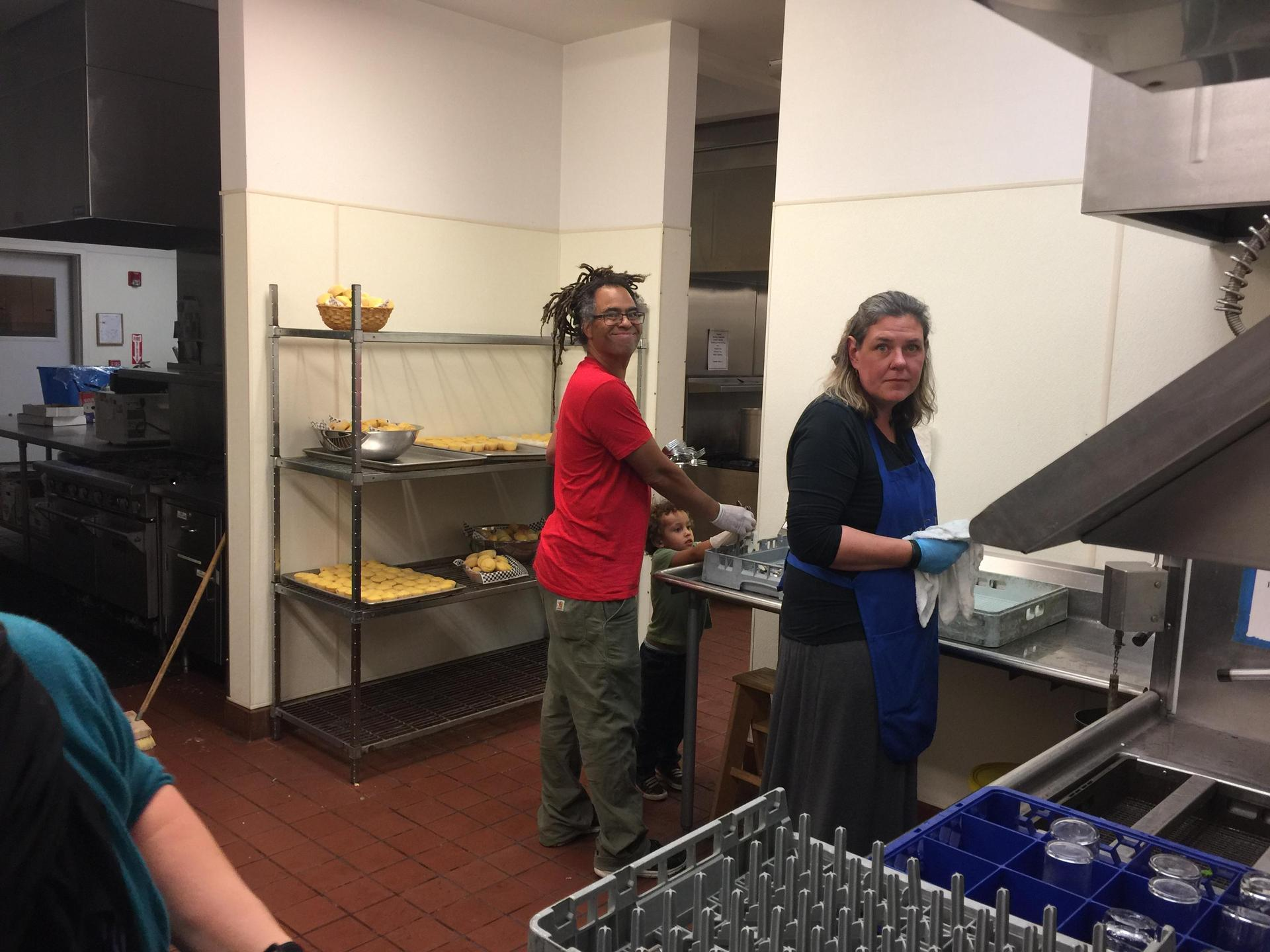 PTO members helping in the kitchen
