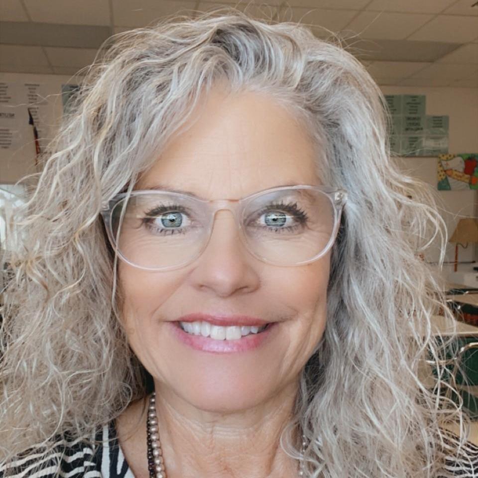 Julie Manson's Profile Photo