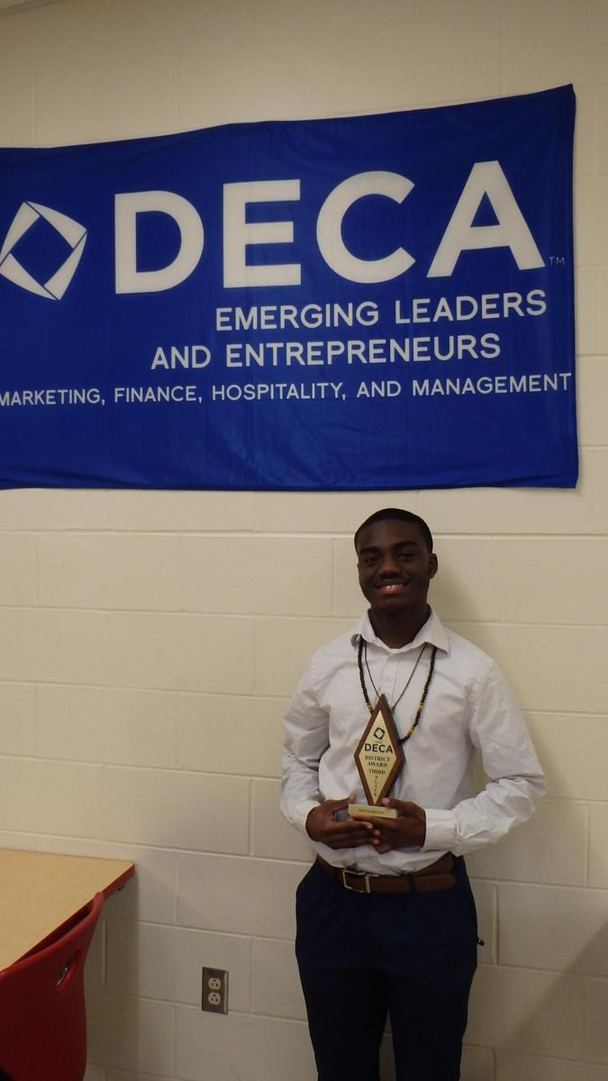 J'Quari Penman gets 4th place at DECA competition
