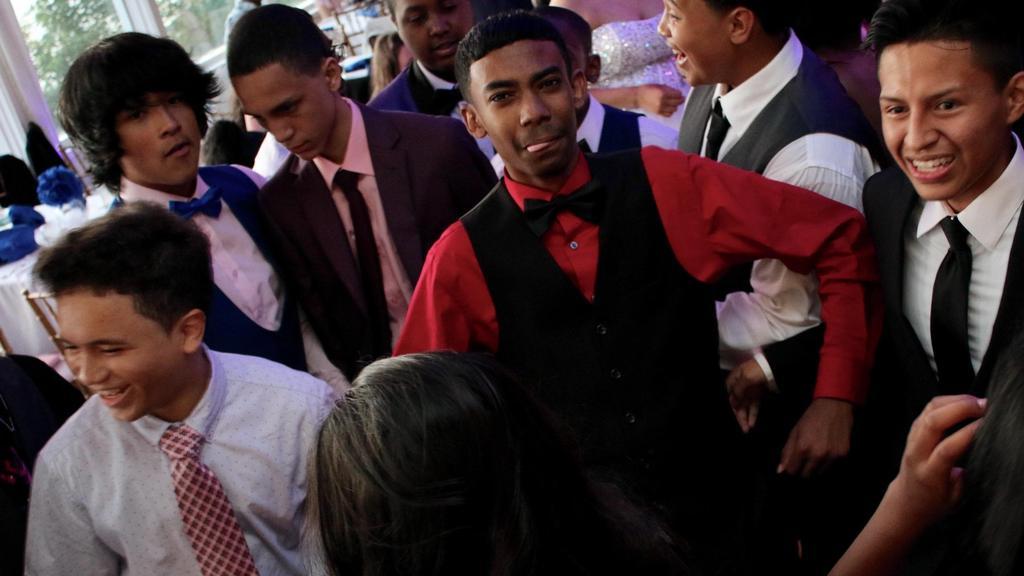 boys on the dancefloor
