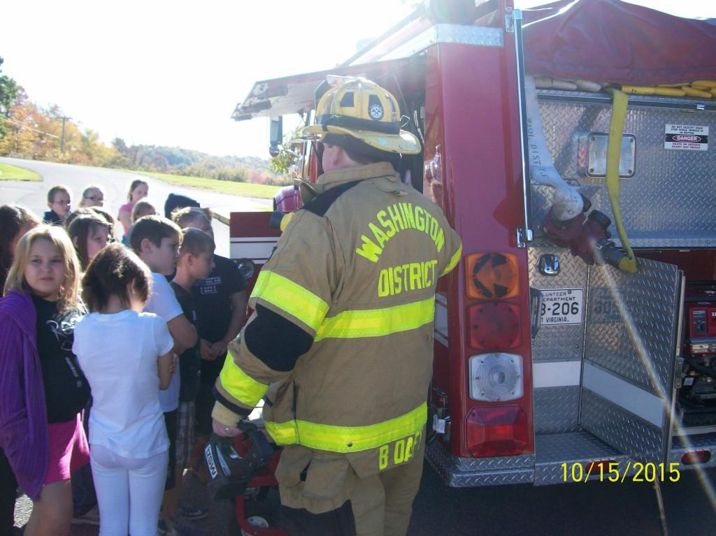 Local fire department visits Washington District Elementary