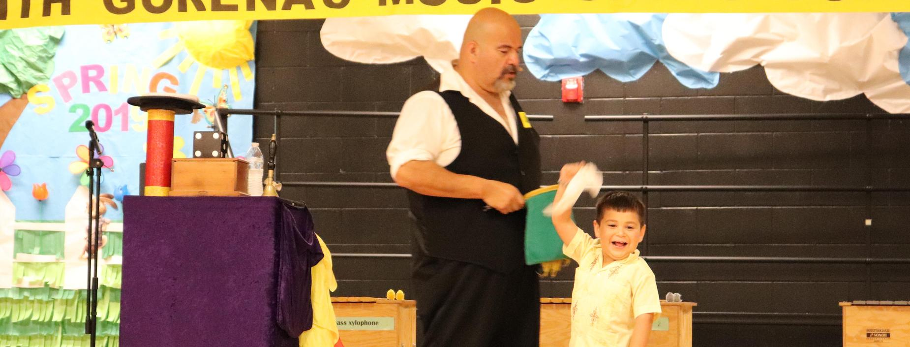 picture of magic show