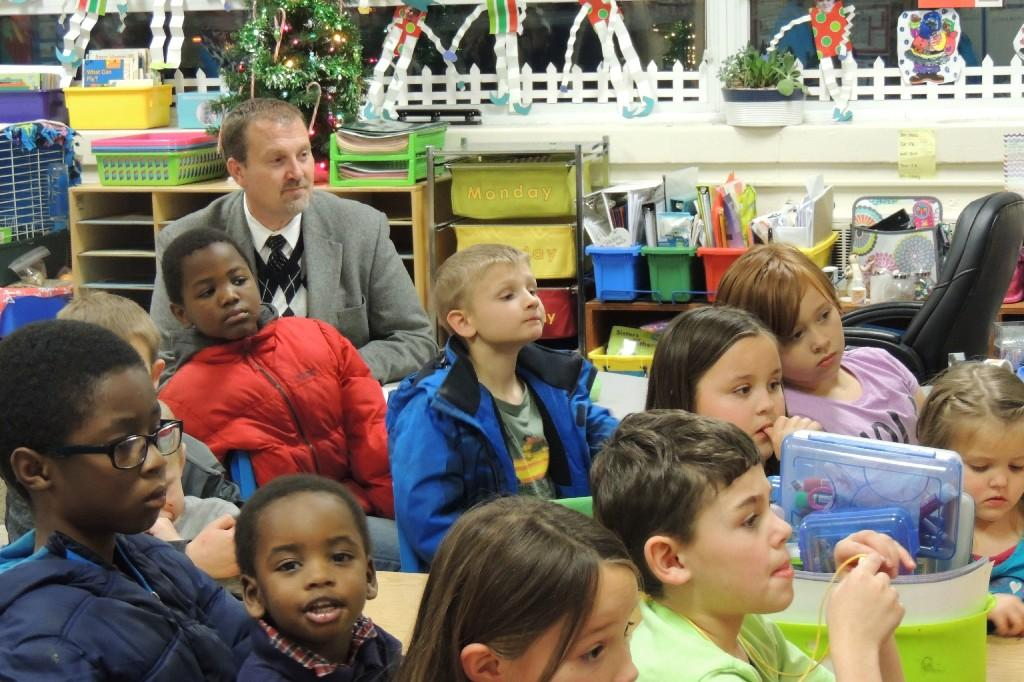 Dr Keith Perrigan reading buddies