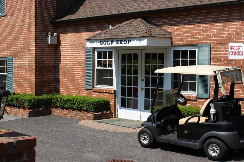 Golf Shoppe