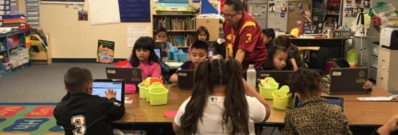 At Kellogg, Ms. Pena's 1st Grade Class students are focused and determined to complete their online benchmark assessments. Thank you Ms. Pena! #proud2bepusd #schooltech #1stgrade #KelloggElementary http://edl.io/n1127355