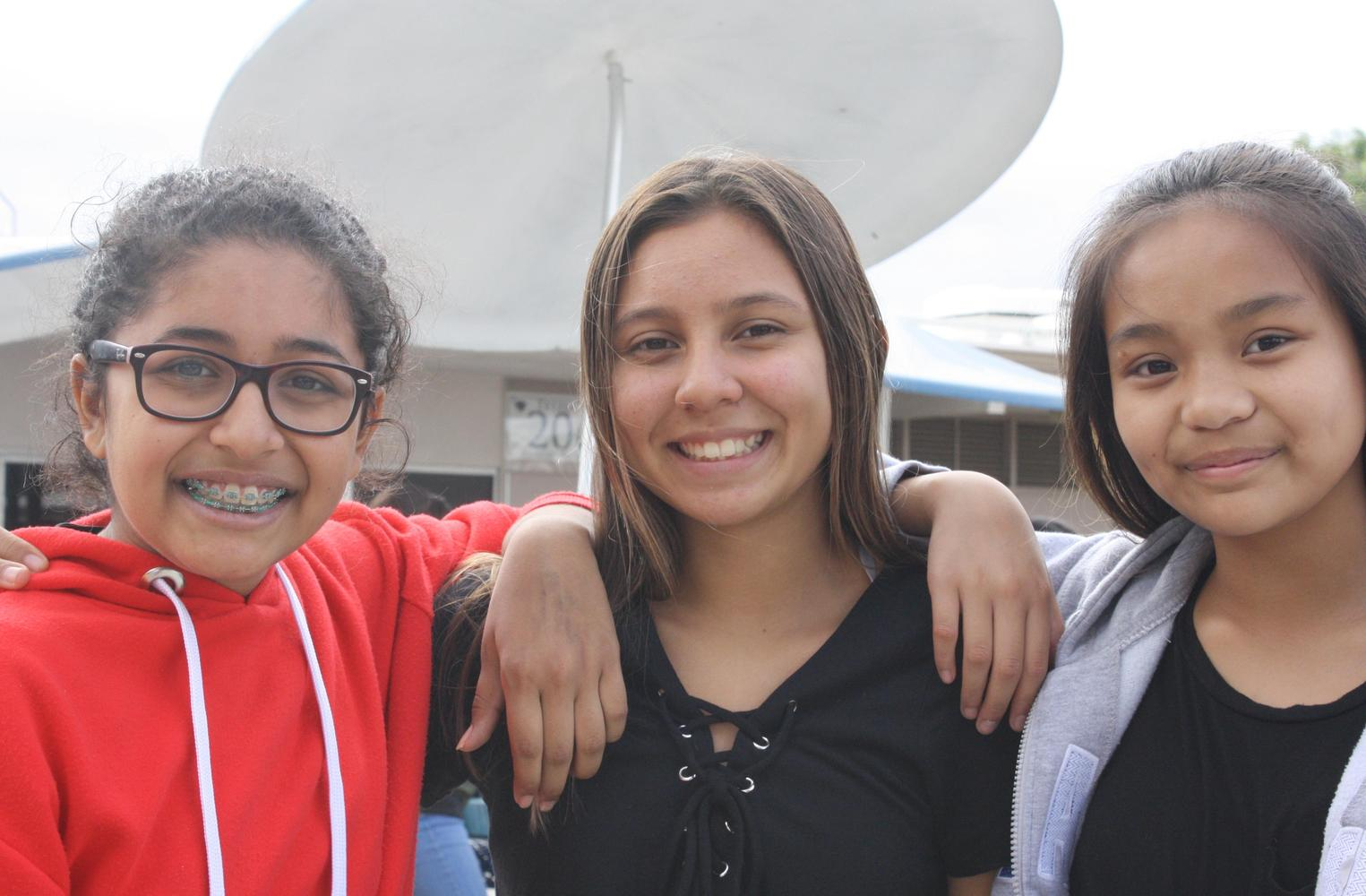 three students picture
