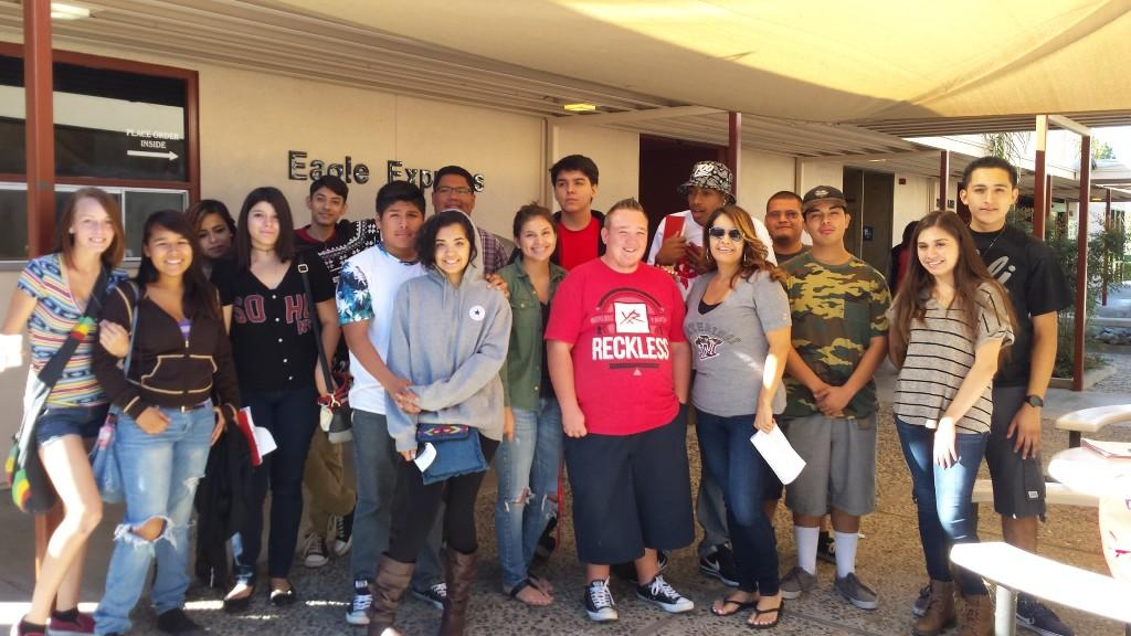 Students visiting Mount San Jacinto Junior College