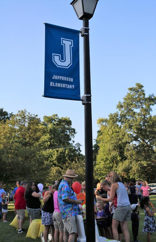 Crowd shot of Jefferson School families and staff at Summer Social.