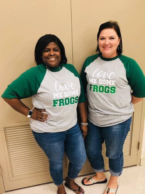 Couple with frog shirt