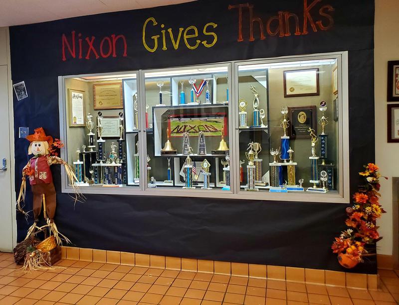 Nixon Gives Thanks
